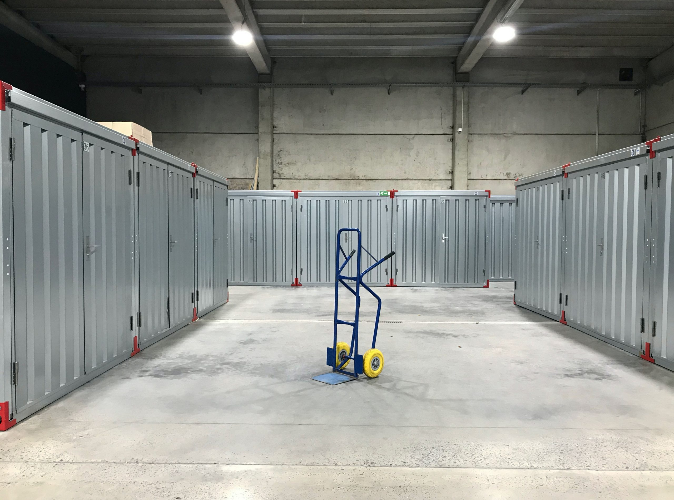 storage services - crown movers